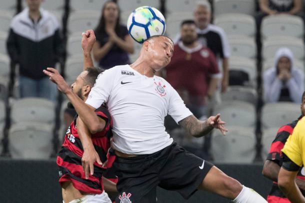 Timão aproveitou os erros rubro-negros e saiu com a classificação (Foto: Daniel Augusto Jr/Agência Corinthians)