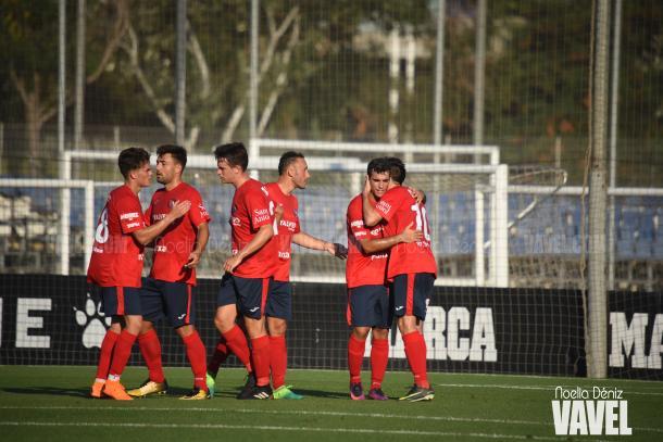 El Olot, celebrando un gol | Foto: Noelia Déniz - VAVEL