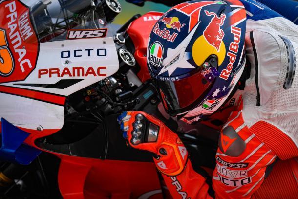El australiano, rodando durante esta segunda jornada. Imagen: MotoGP