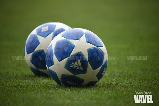 El balón de la Champions League volverá a rodar en el Mini | Foto: Noelia Déniz (VAVEL)
