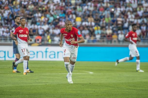 Tras coquetear con otros clubes en verano, Fabinho parece que seguirá copando la medular.   FOTO: ASMonaco.com