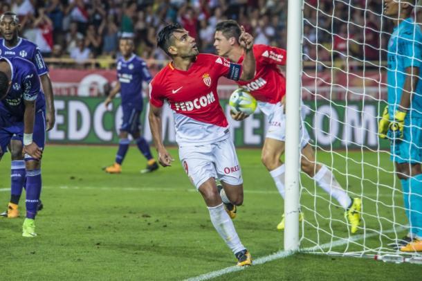 Radamel Falcao celebra el gol del empate.   FOTO: ASMonaco.com