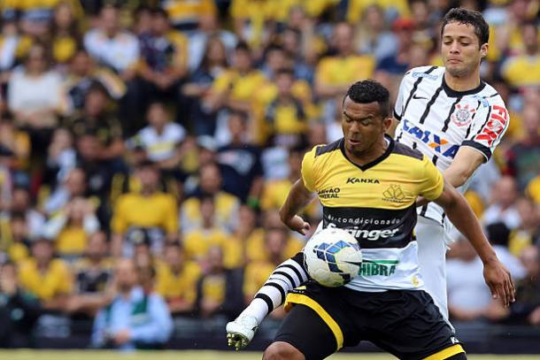 Zé Carlos foi ídolo no Criciúma (Foto: Cristiano Andujar/Getty Images)