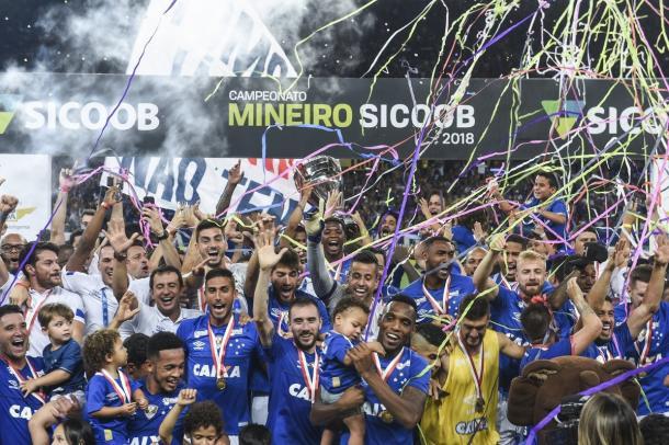 Após quatro ano, Cruzeiro volta a ser campeão Mineiro (Foto: Agência i7/Mineirão)