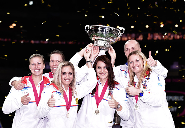 The Czech team celebrate after winning the 2014 Fed Cup. Photo credit: Matej Divizna/Getty Images.