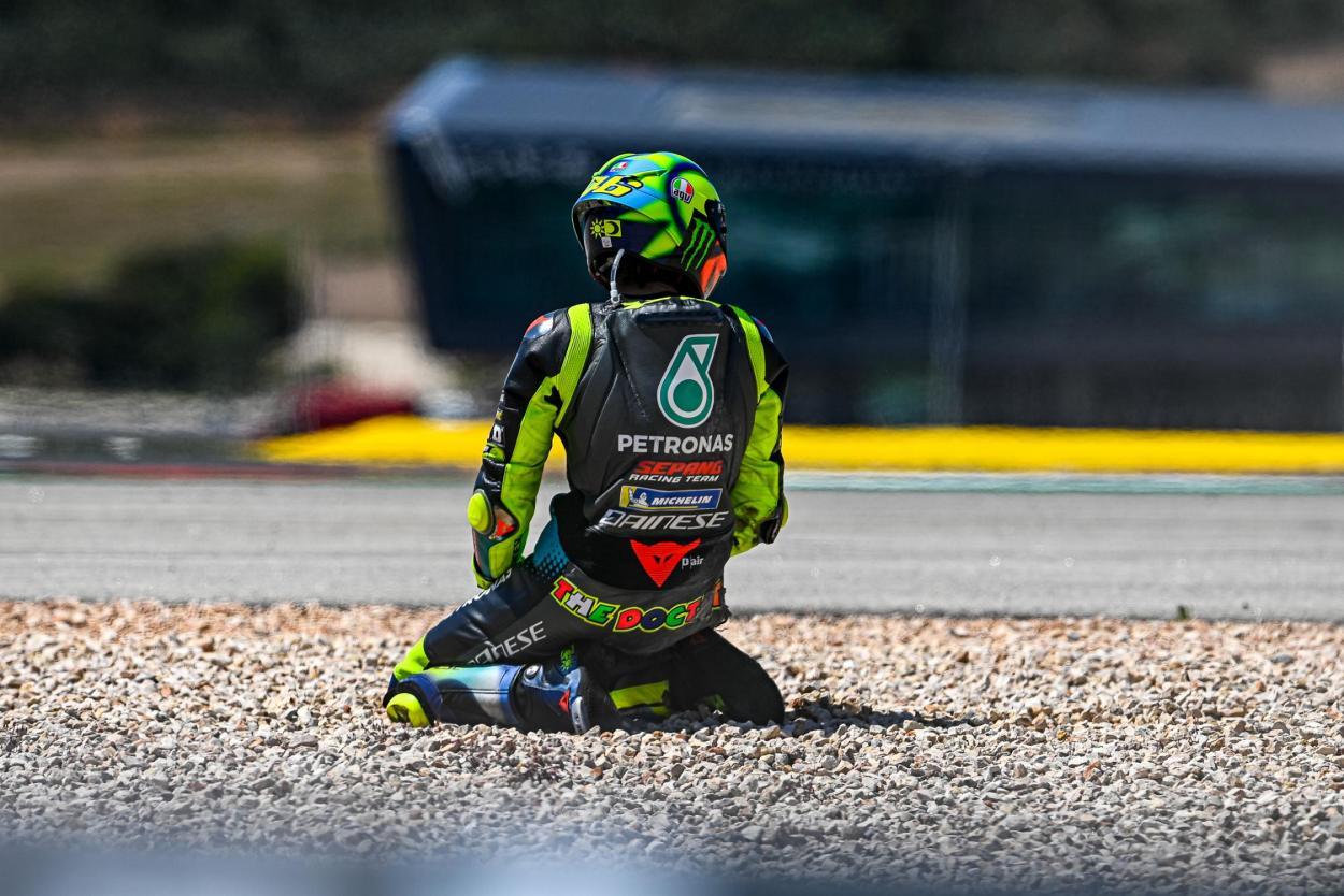 Rossi se fue al suelo en la última carrera. Imagen: MotoGP