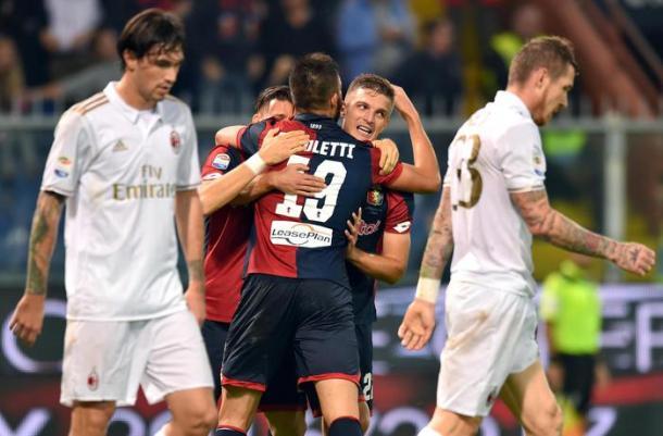 La gioia rossoblu al goal di Pavoletti | Foto: ANSA.it