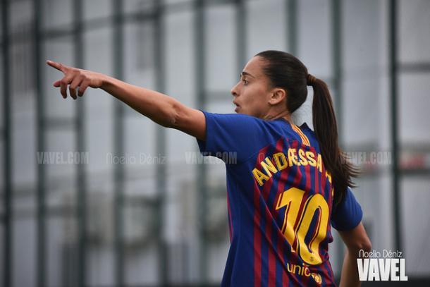 Andressa Alves en el último encuentro ante el Logroño | Foto: Noelia Déniz (VAVEL)