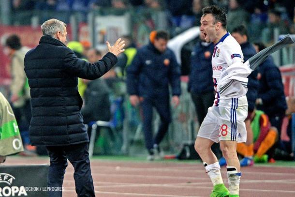El golpeo de Mathieu Valbuena, es, a buen seguro, una de las preocupaciones de Unai Emery. | FOTO: OLweb.fr