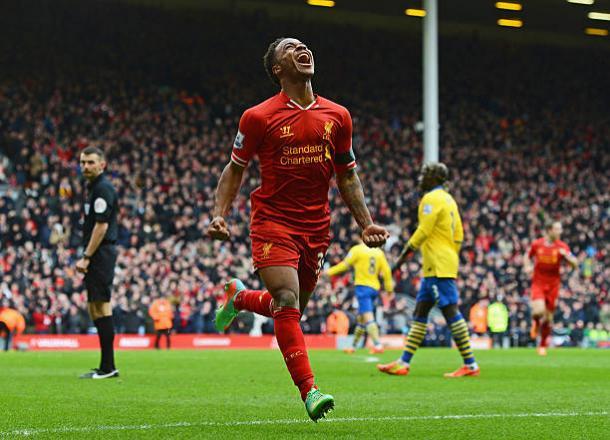 Sterling comemora gol em clássico contra Arsenal, em 2014 (Foto: Michael Regan/Getty Images)