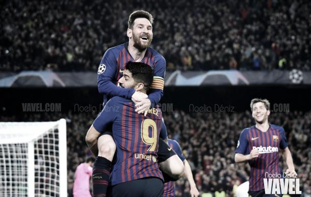 Leo Messi celebrando un gol con Luis Suárez. | Foto: Noelia Déniz