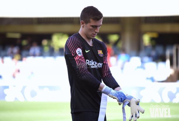 El portero alicantino se convirtió en fundamental para el FC Barcelona B / Foto: Noelia Déniz (VAVEL.com)