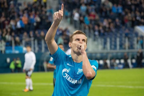 Kokorin celebra uno de los goles anotados con el Zenit. Foto: fc-zenit.rs