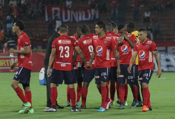 Los jugadores del DIM tras el juego ante Águilas. Foto: DIM
