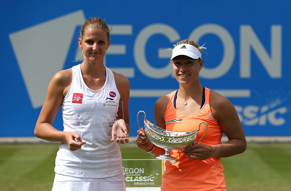 Angelique Kerber and Karolina Pliskova pose with the trophies after the 2015 Aegon Classic final in Birmingham/Getty Images