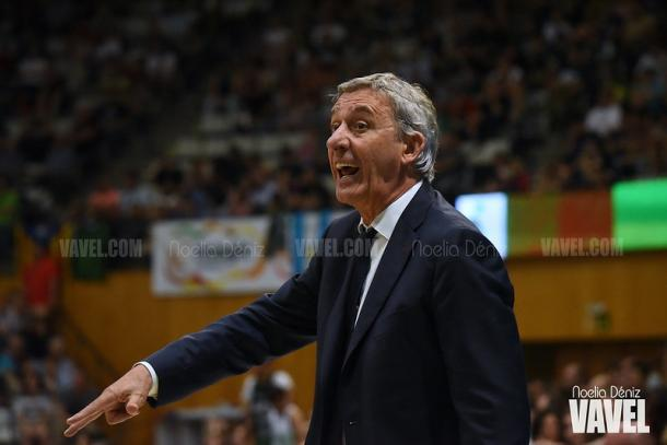 Svetislav Pesic durante el Joventut de Badalona vs FC Barcelona Basket del curso 2018/19   Foto: Noelia Déniz, VAVEL