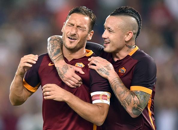 Totti é uma referência para Nainggolan (Foto: Alberto Pizzoli/AFP)