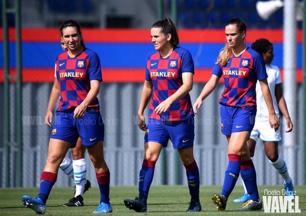 Mariona, Pereira y Laia Codina, jugadora del filial | Foto: Noelia Déniz (VAVEL)