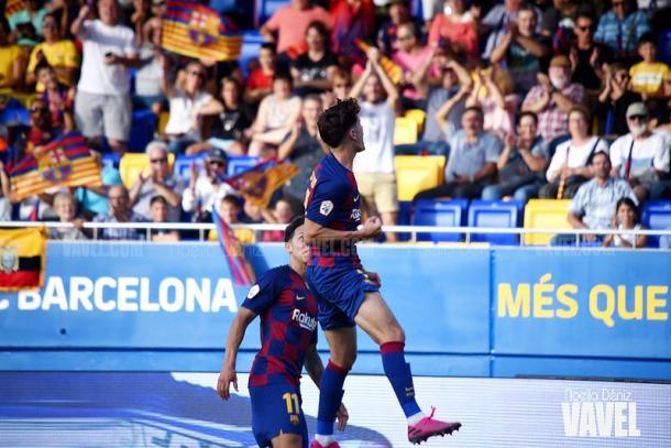 Álex Collado y Kike Saverio celebrando un gol. FOTO: Noelia Déniz