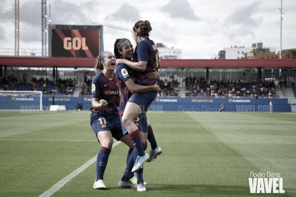 Las jugadoras azulgranas celebrando un gol. | Foto: Noelia Déniz