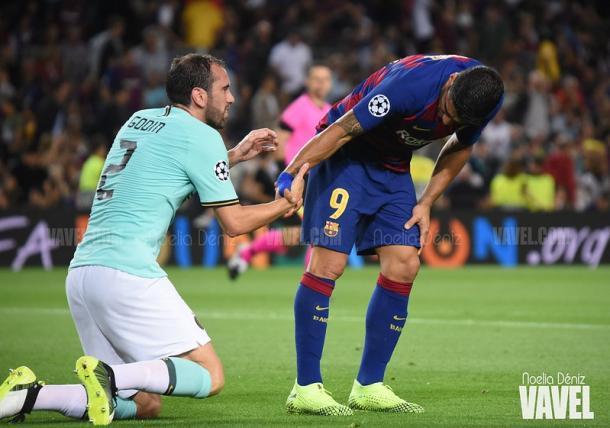 Godín y Luis Suárez en el Camp Nou | Foto: Noelia Déniz (VAVEL)