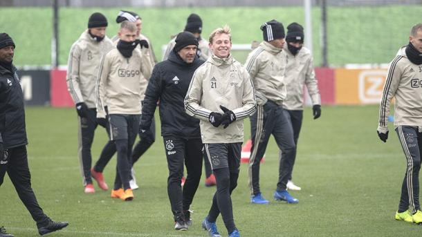 Frenkie De Jong uno de los jugadores clave de la eliminatoria / Foto: Twitter oficial Ajax
