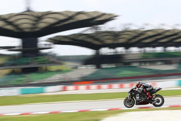 El francés, probando la Yamaha YZR-M1 de 2020. Imagen: MotoGP