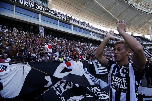 Negociações por Honda e Touré movimentaram o torcedor.(Foto: Vitor Silva/Botafogo)