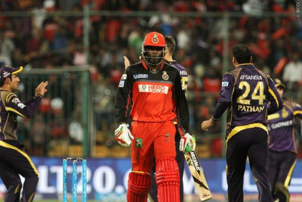 KKR celebrate as dangerman Gayle is dismissed | Photo: IPL