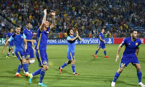 Rostov players celebrating arguably the club's greatest win against Ajax. | Photo: The Guardian/Valery Matytsin/TASS
