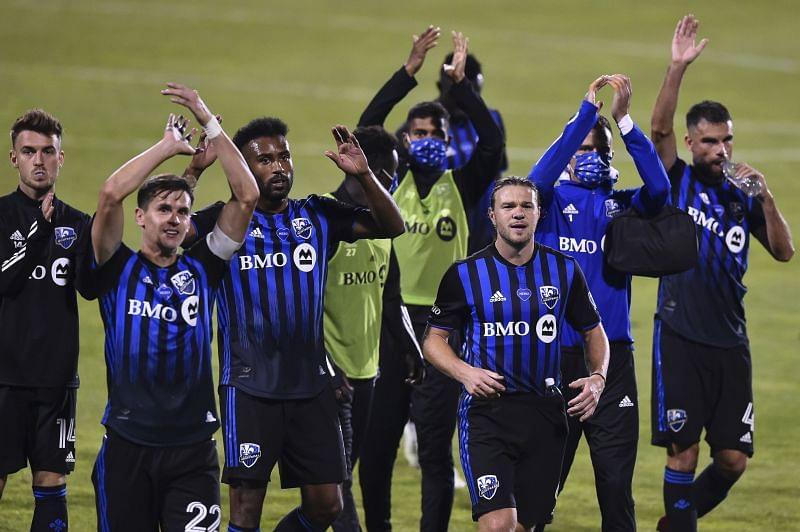 Jugadores del Impact celebran la victoria en el Canadian Classique (sportskeeda.com)