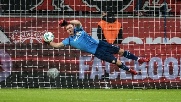 Leno em ação, goleiro do Bayer Leverksen (Foto:Divulgação/Bayer04Fussball)