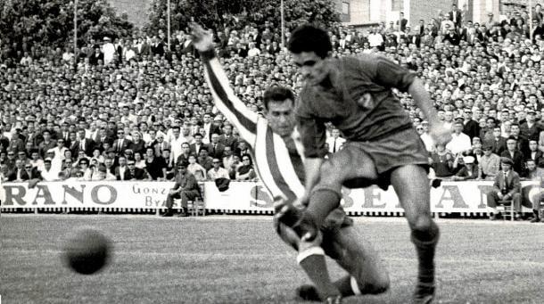 Referencia ofensiva del Levante de principios de los 60, Serafín abandonó el club con 36 goles en su haber tras tres temporadas en Segunda y dos años en Primera / Fuente: Levante Web Oficial