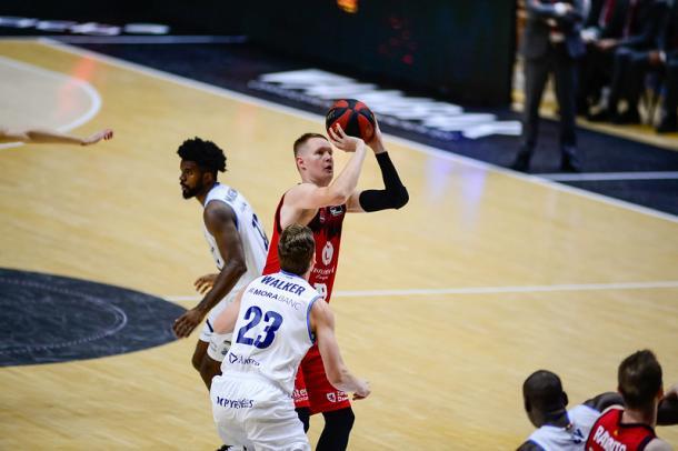 Vía: Basket Zaragoza