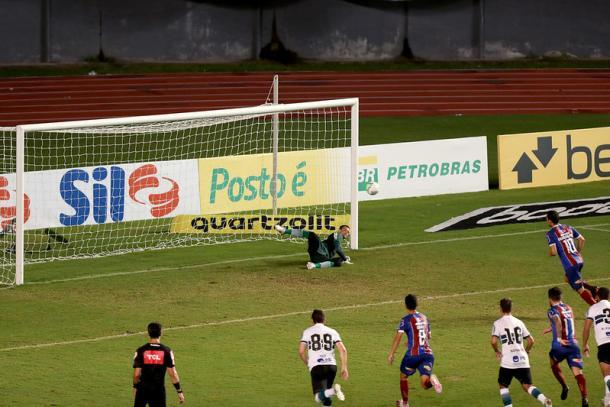 Gol de Rodriguinho deu a vitória ao Bahia sobre o Coritiba | Foto: Felipe Oliveira/EC Bahia