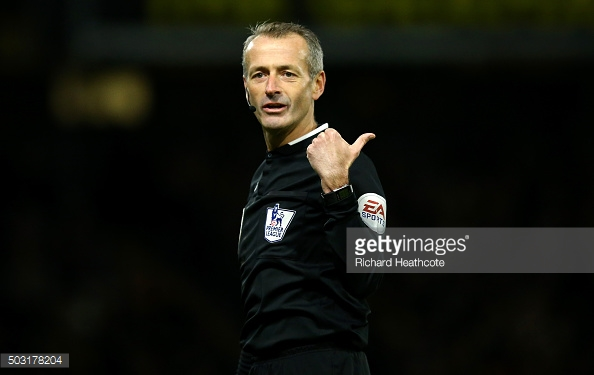 O árbitro inglês será o juiz da partida esta noite