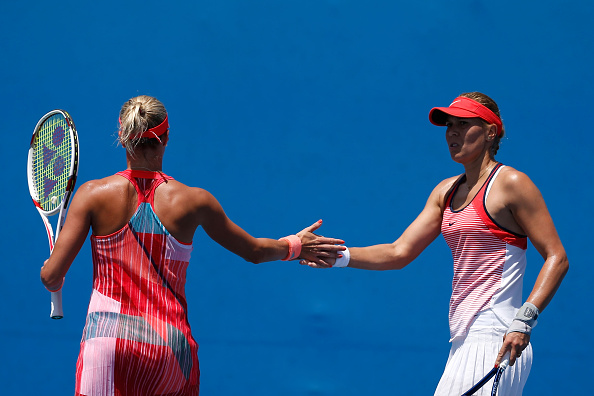 Andrea Hlavackova (left) and Lucie Hradecka during first round play (Photo: Getty Images)