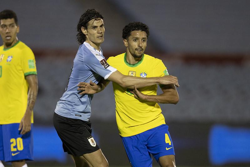 Ex-companheiros de PSG, Cavani e Marquinhos se reencontraram nas Eliminatórias (Foto: Lucas Figueiredo/CBF)