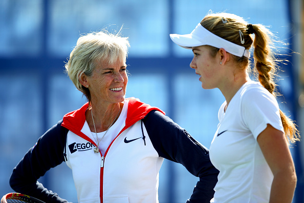 Captain Judy Murray talks with Katie Swan of Great Britain during a practice session ahead of the start of the start of the Fed Cup.  (Photo: Jordan Mansfield/Getty Images)