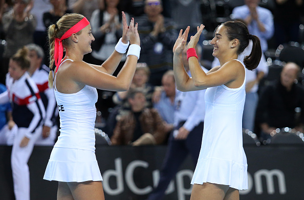 Helping her country reach the Fed Cup has been one of the biggest achievement this year for Mladenovic (left) | Photo: Jean Catuffe/Getty Images