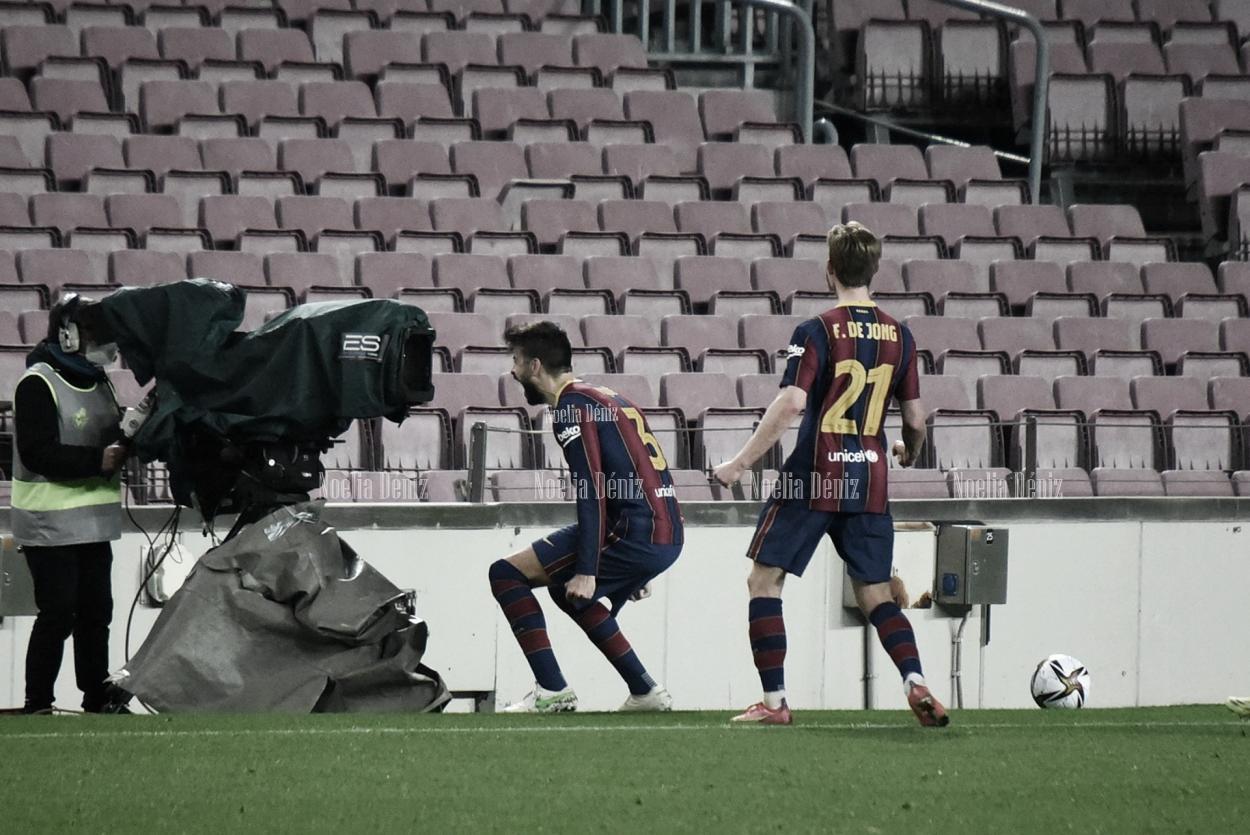 Piqué celebrando el empate a 2 ante el Sevilla. | Foto: Noelia Déniz