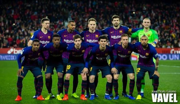 El Barça saltó al Sánchez Pizjuán con un once inédito. FOTO: José Maria Colomo