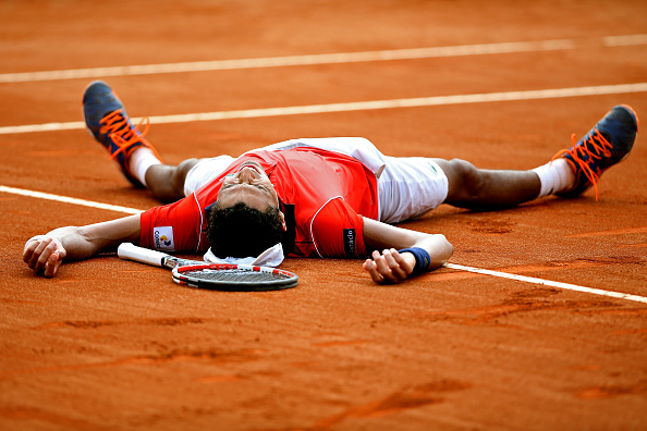 Emocionado, Monteiro celebra vitória contra Tsonga/ Foto: Matthew Stockman/ Getty Images