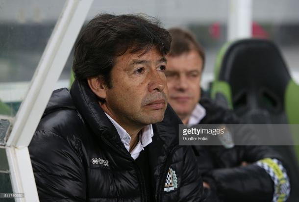 Erwin Sanchez disse acreditar que pode  roubar pontos ao Porto em casa