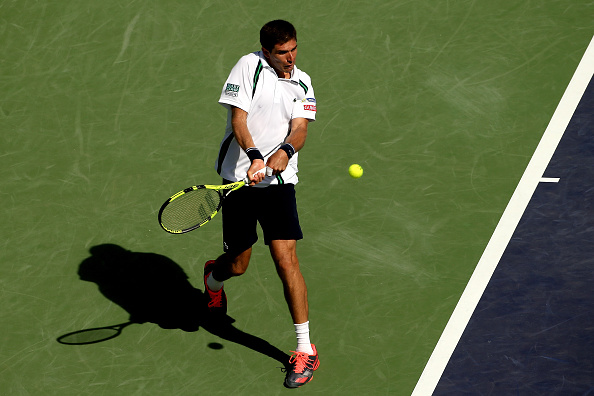 Federico Delbonis returns a shot to during the BNP Paribas Open at the Indian Wells (Photo:Matthew Stockman)