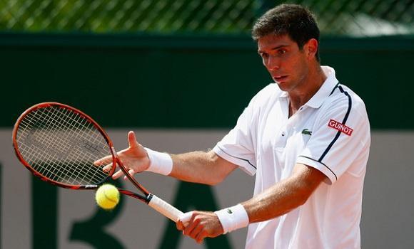 Federico Delbonis in action against Albert Montanes (Photo;Tennis Portal)