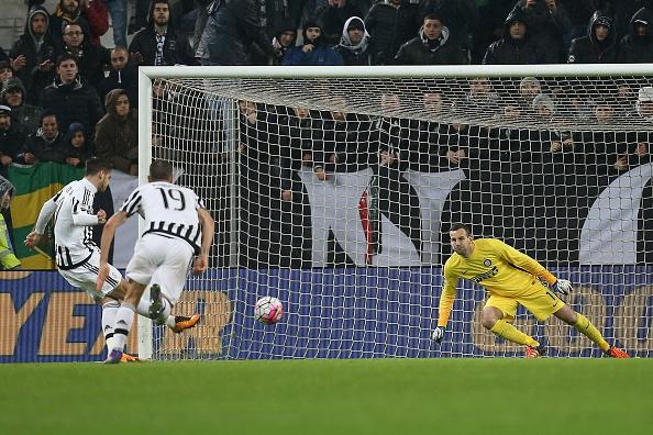 Morata bate a Handanovic en el partido de ida // Foto: Getty Images
