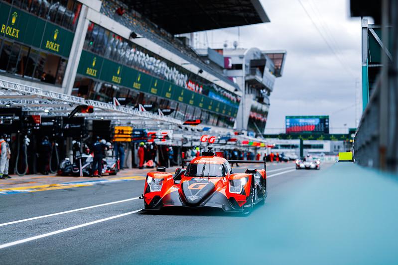 El argentino en boxes con el LMP2 de G-Driver Racing: Foto FIA WEC