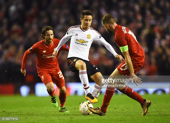Above: Manchester United's Ander Herrera in action last season against Liverpool | Photo: Getty Images
