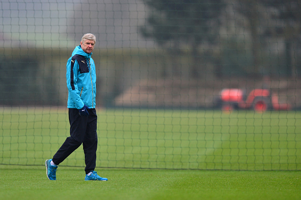 Arsene Wenger is beginning to stand an isolated figure (photo:getty)